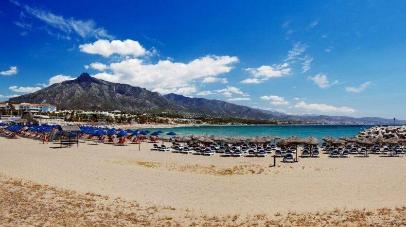 Playa puerto Banus 1